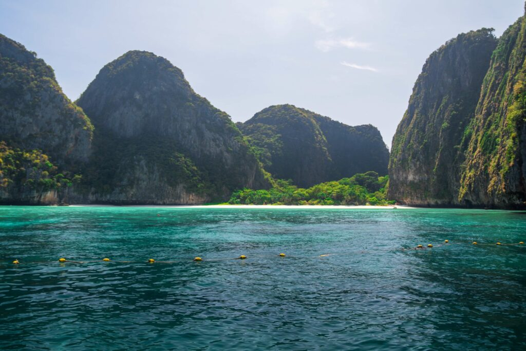 Turquoise waters and beach of Maya Bay in Phi Phi Lee, Thailand