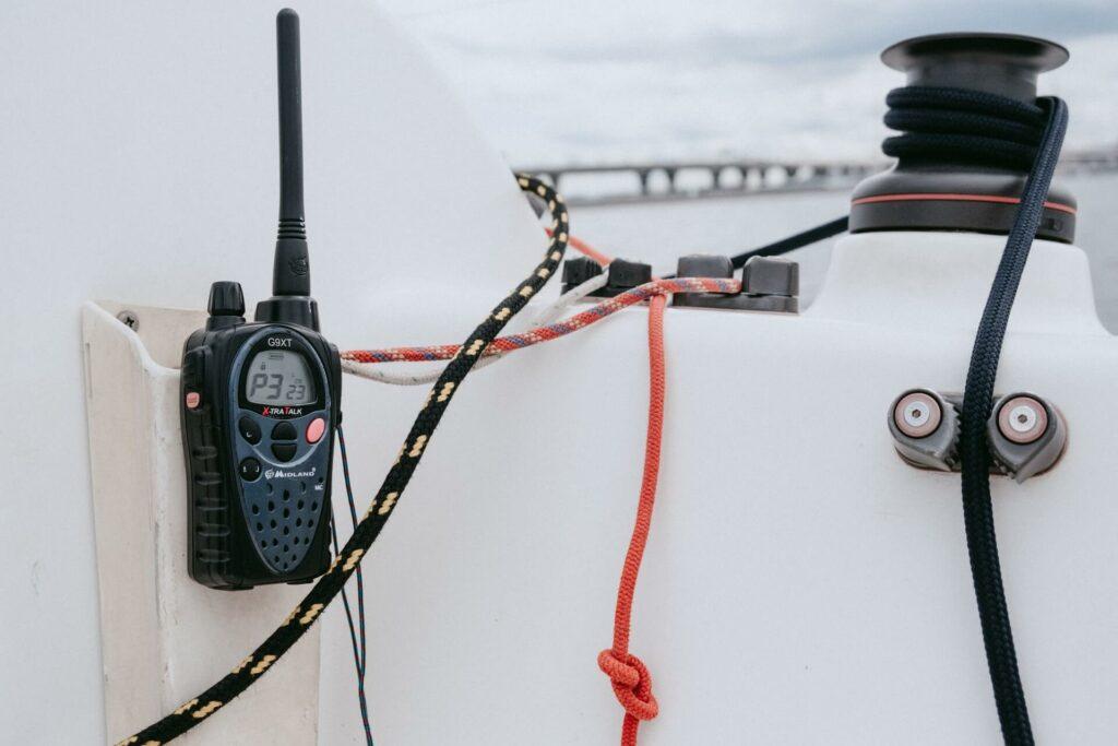 Emergency VHF boat radio