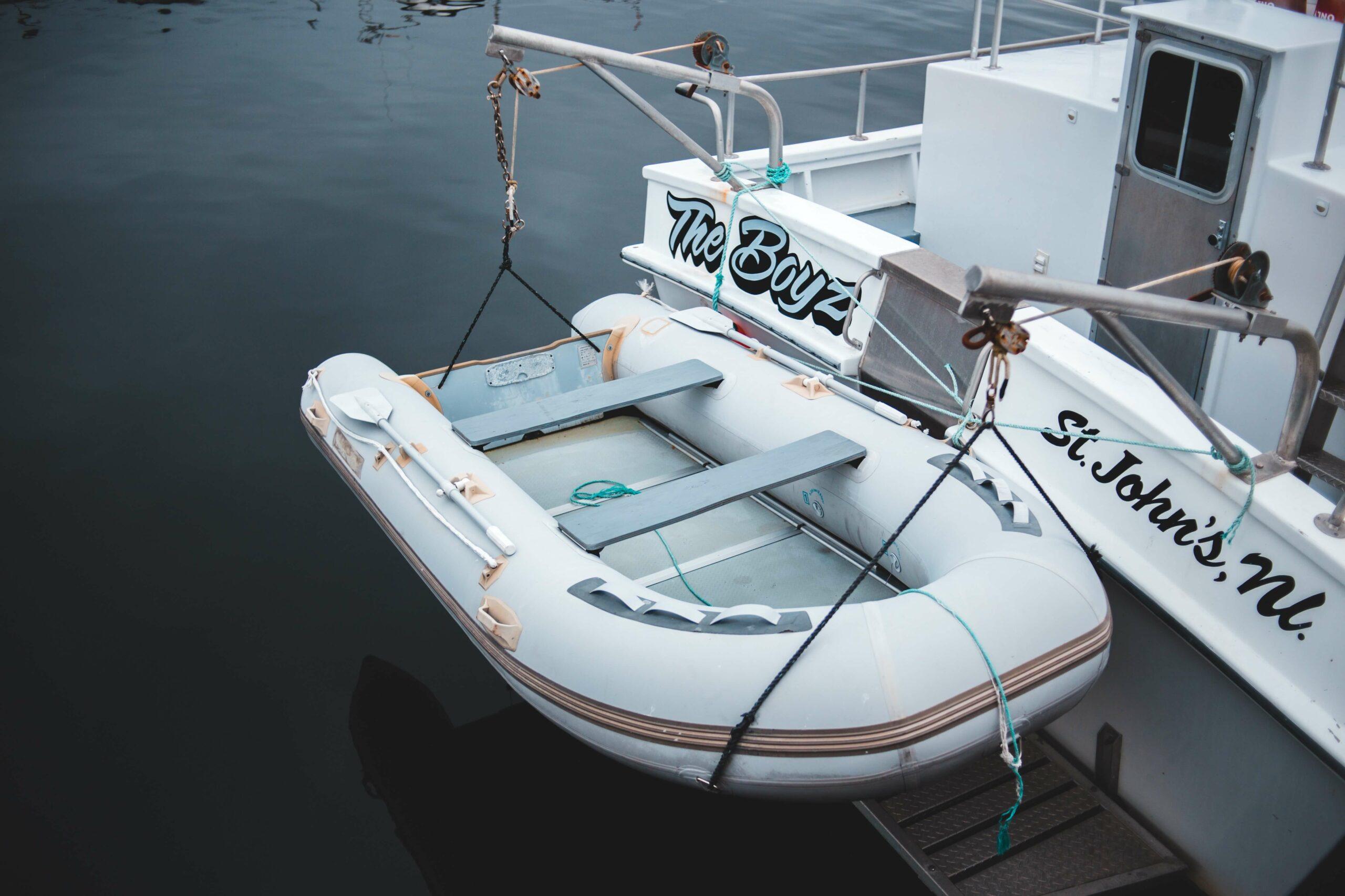 dinghy sailboat storage