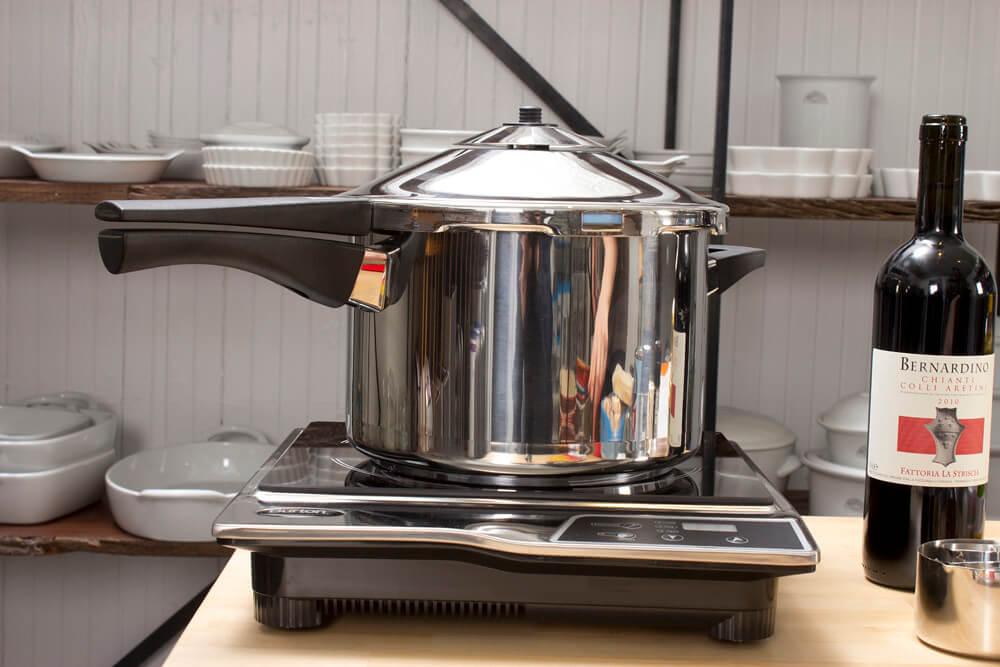 pressure cooker boat kitchen